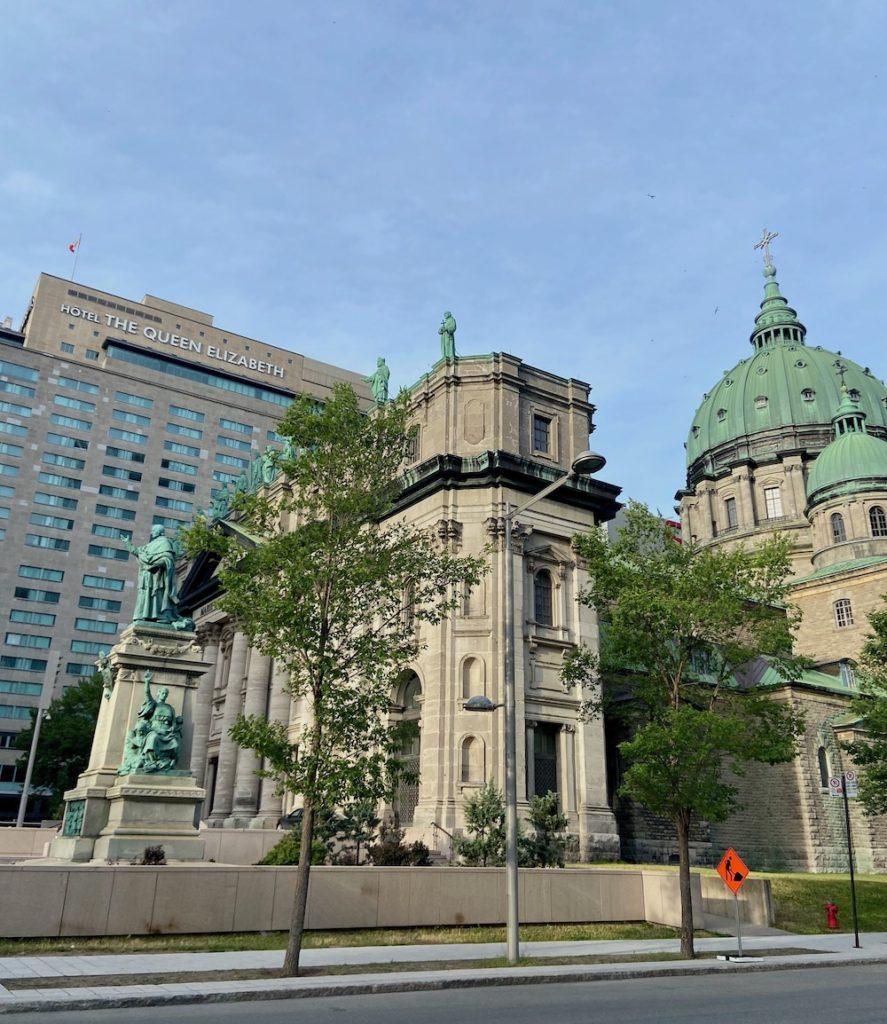 Calles de downtown montreal